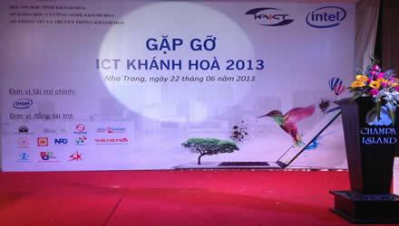 Hơn 200 người tham dự sự kiện Gặp gỡ ICT Khánh Hòa 2013